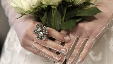 Wedding Dress Gloves