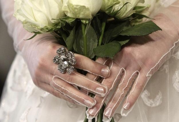 Wedding Dress Gloves